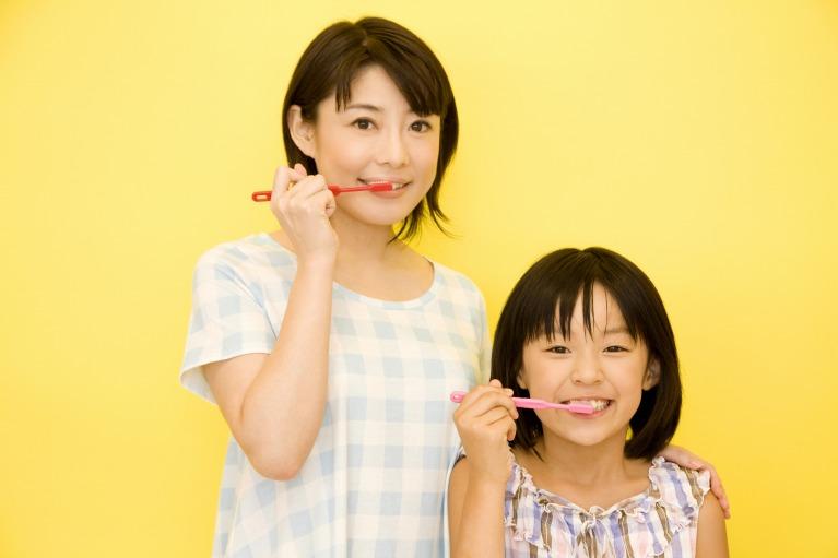 お子さんのむし歯治療には、ご両親のご協力も必要不可欠です